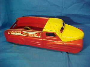 1950s MARX Pressed Steel DELUXE SUPER SERVICE DELIVERY Toy TRUCK
