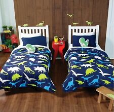 DINOSAURS LIGHT REVERSIBLE COMFORTER 1 -FULL/QUEEN WITH FREE TOYS