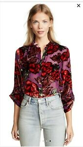 New with tags Alice Olivia Eloise Button-Front Blouse Size M