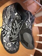 asics wrestling shoes 9.5  Also Headgear *lot Of (2)