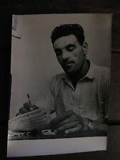 Photo de presse vintage Keystone 1963 indic attaque du train postal John Maris