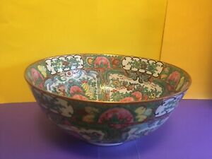 Rose Medallion Multi Colored Chinese Bowl Mid 20th Century
