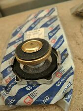 Ford New Holland Raditor Cap P/N 8 3957211 E5Th 8100 Aa