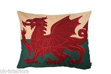 "27""x21"" grande Dragón Rojo Galés Bandera Gales Cymru Tapiz Cojín-Doble Cara"