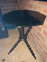 Gypsy,    bobbin  table