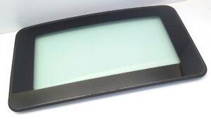 Mitsubishi Diamante sunroof 2002 moonroof roof glass genuine OEM MR101933