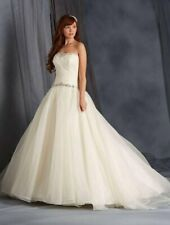 NEW Alfred Angelo wedding dress size 24