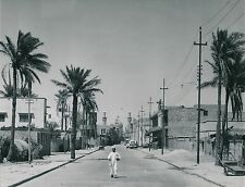 KARBALA c. 1960 - Grande Rue menant à La Mosquée Al Husayn  Irak - Div 6178