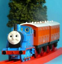 HORNBY THOMAS THE TANK ENGINE, ANNIE AND CLARABEL BATTERY POWERED & PULL ALONG