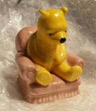 Disney Pooh collection - Royal Doulton - Pooh in Armchair