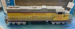 Life Like HO Engine ~ Union Pacific 2047 GP38 Diesel ~ Tested & Working in box