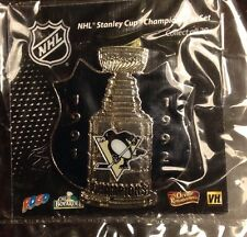 NHL Pittsburgh Penguins Stanley Cup Shield Pin, Badge, Lapel 1991, 1992