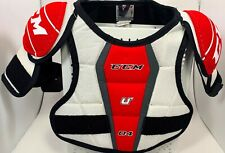 """CCM 04 ICE HOCKEY JR MEDIUM Shoulder Pads Size 28""""-32"""" YOUTH WHITE RED 035"""