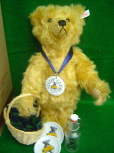 STEIFF Club Picnic Teddy Bear 13-1/2 inches golden blonde mohair 1997/1998