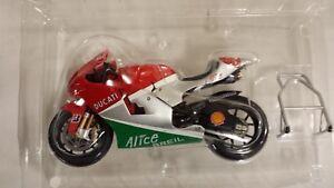 Loris Capirossi. Ducati Desmosedici. 2006  1/12 Ixo