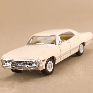1967 Chevrolet Impala White Chevy 1:43 12cm Die-Cast Opens Coke Bottle Pull Back