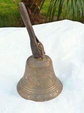 Cloche à main en bronze d'église cérémonie décor fleurs de lys marguerites n°645