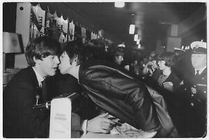 Chris KINDAHL: Paul McCartney & Beatles Fans, 1960 / PIX-K / VINTAGE / STAMPED