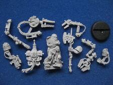 Warhammer 40K Techmarine Tech Marine With Full Harness Finecast *New* (P5)