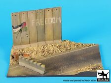 Black Dog 1/72 Israeli Street Section with Concrete Wall & Jersey Barrier D72035