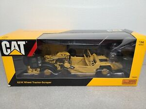 Caterpillar Cat 621K Wheel Tractor-Scraper Tonkin 1:50 Scale Model #TR80001 New!