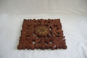 Carved Indian Asha Handicrafts Wooden Stand With Brass Inlay.