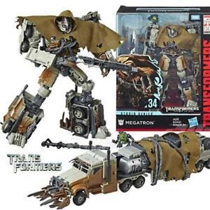 Transformers Megatron with Igor Studio Series 34 Leader Class 33