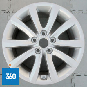 "NEW GENUINE HYUNDAI i40 5 17"" TWIN SPOKE SILVER ALLOY WHEEL 7.5J 52910-3Z250"