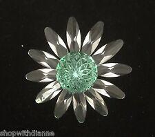 Swarovski Crystal 2001 Member Only Renewal Gift Green Marguerite Flower w/ Box
