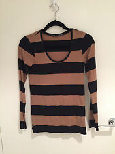 CAMEL & BLACK STRIPED LONG SLEEVE LADIES T-SHIRT TOP - SIZE XS - PRE-OWNED