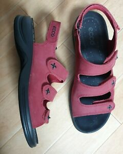 ECCO RED & BLACK ARCH SUPPORT STABLEBALANCE SANDALS SIZE 40 7