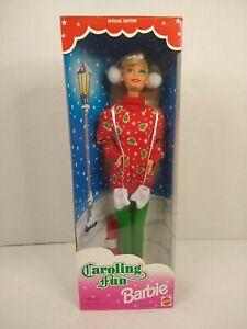 "Vtg 1995 Mattel ""CAROLING FUN"" Barbie Doll Christmas Special Edition NRFB #13966"