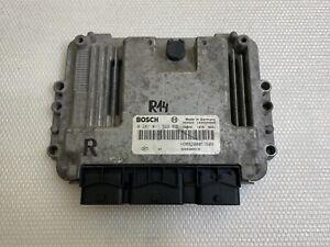 ECU Calculateur moteur Renault trafic 1.9dci 0281011529 HOM8200051608 8200389519