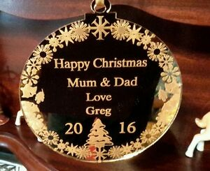 HAPPY CHRISTMAS  DECORATION  GOLD DISC PERSONALISED KEEPSAKE TO MUM AND DAD