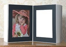 Portraitmappe / Leporello für 50 Fotos 13x18 / schwarz auf weißem Trägerkarton