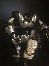 ROBOSAPIEN 8081 Humanoid Robot (2004 WowWee)(Includes Manual, Remote, Cup)