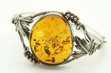 Women's Bracelet with real Amber Vintage Look