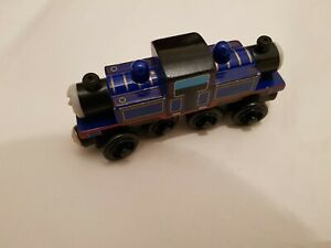 Thomas The Tank elEngine & Friends WOODEN MIGHTY MAC WOOD TRAIN COMBINED POSTAGE