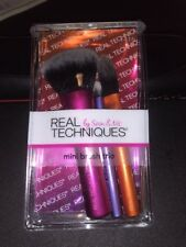 REAL TECHNIQUES BY SAM & NIC MINI TRIO BRUSH COMPLETLY NEW