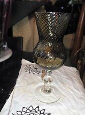 Elegante ART GLASS VASO piedistallo VASO Twisted Swirl Affumicato corpo di vetro chiaro base