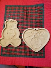 Lot 2 Pampered Chef Teddy Bear & Peace On Earth Heart Cookie Mold Doves Globe