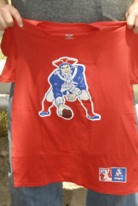 Rob Gronkowski Patriots Old Logo T shirt Jersey Mint Majstic Large Tom Brady red
