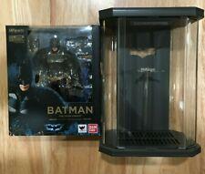 S.H. Figuarts Batman The Dark Knight & Toys-Box Hall of Armor Acrylic Display
