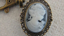 Cameo Clip On Watch  with cover Montre  Cameo