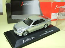 TOYOTA CROWN 2005 Gris J-COLLECTION