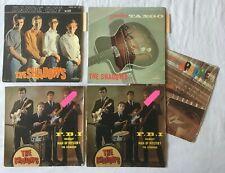 THE SHADOWS lot de 5 EP 45t. 2 pochettes différentes + 3 (2 avec languette)