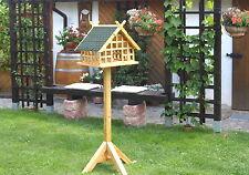 """XXL Fachwerk Vogelhaus """"Niedersachsen"""" mit Pferdeköpfen und grünen Schindeln 001"""