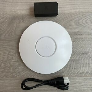 Ubiquiti UniFi AP (UAP) Wireless Access Point Indoor With PoE Injector