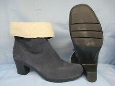 Women's Shoes CLARKS BENDABLES Size 11 M LOW BOOT W SHERBA CUFFS