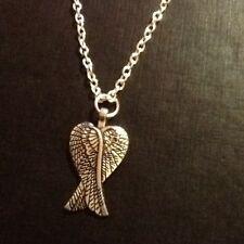 Collar de alas de ángel de color plata cadena 18 in (approx. 45.72 cm)